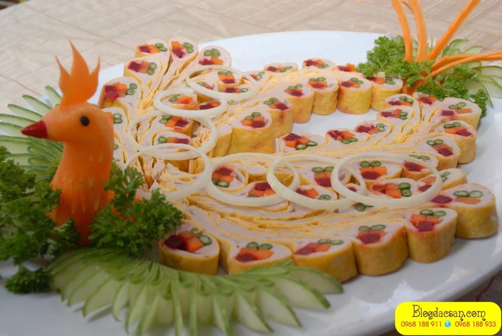 mon-nem-cong-cha-phuong-che-bien-tu-ga-dong-tao 1